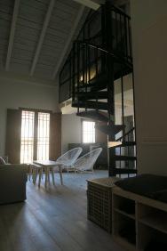 entrada apartamento turistico cuenca ciudad