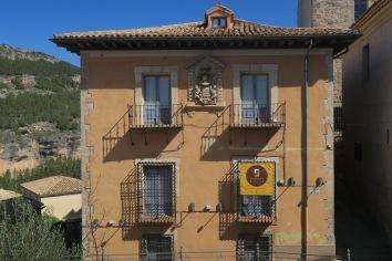 casa zabala, vistas a la hoz del jucar, ubicación inmejorable del apartamento turístico mirando a cuenca muy cerca de la catedral y las casas colgadas
