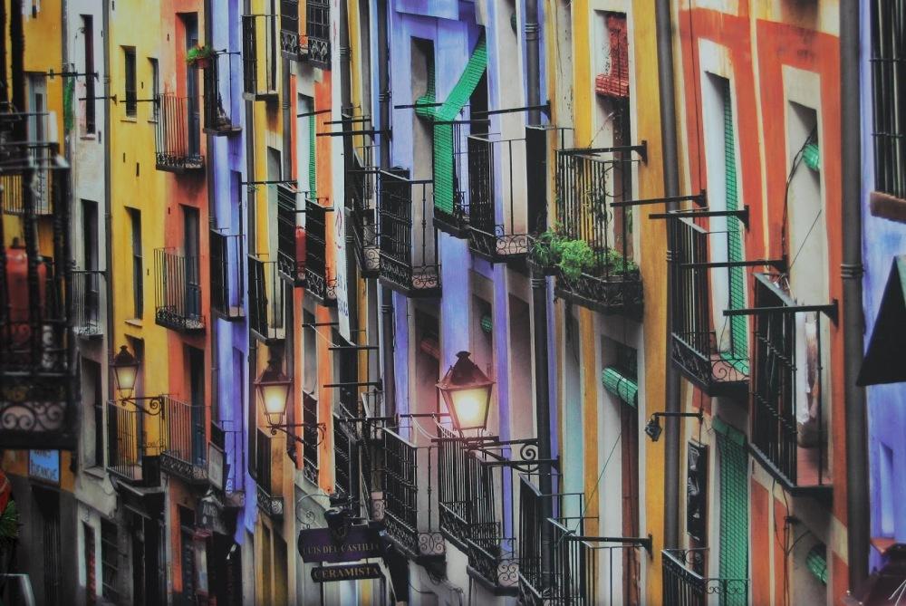 Calle Alfonso VIII Cuenca muy cerca del apartamento turistico mirando a cuenca